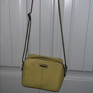 Yellow roots purse